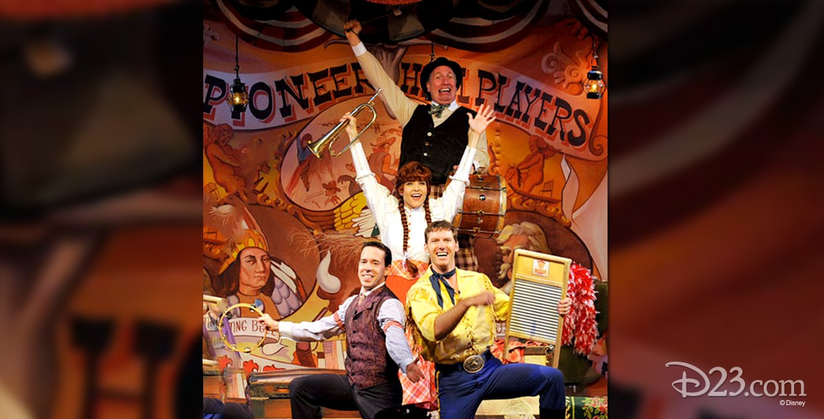 group photo of several memebers of Hoop Dee Doo Musical Revue at Walt Disney World