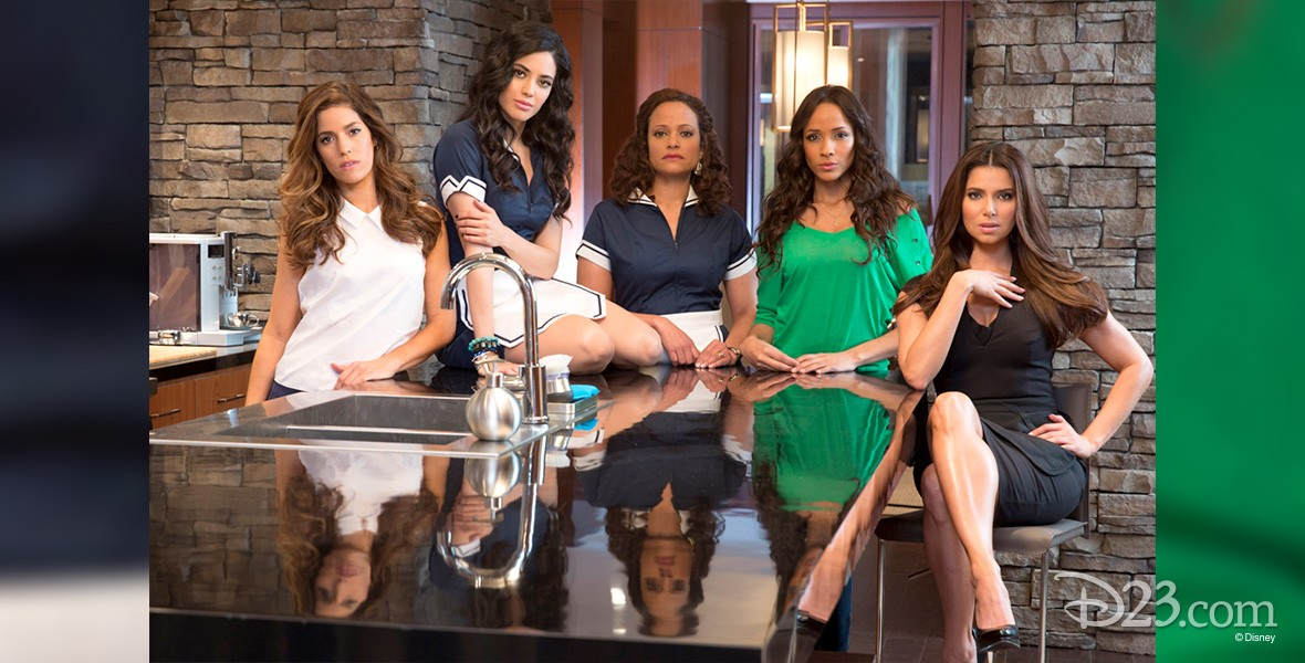 ensemble photo of cast of Devious Maids