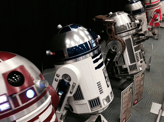 photo of R2-D2 droids at the R2-D2 Builders group