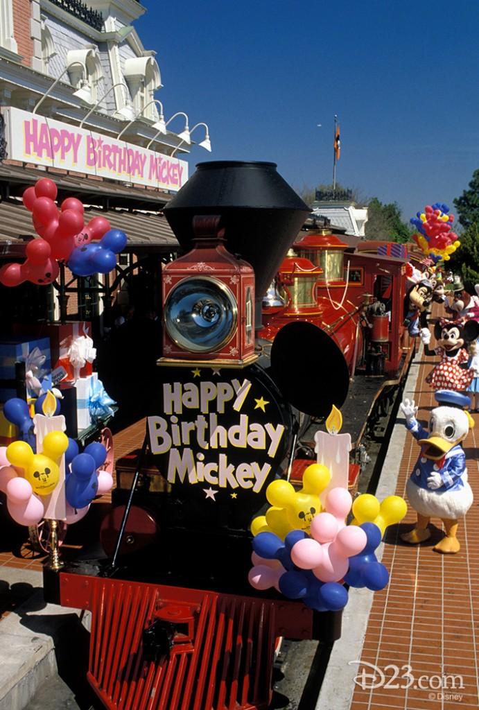 Unwrapping Mickey S Birthdayland At Magic Kingdom D23