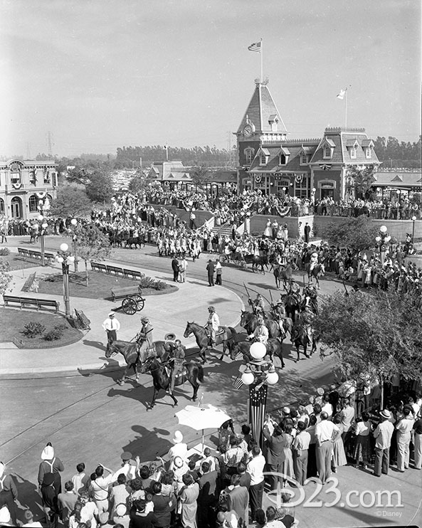 Fess Parker as Davy Crockett leading the parade at Disneyland's Town Square