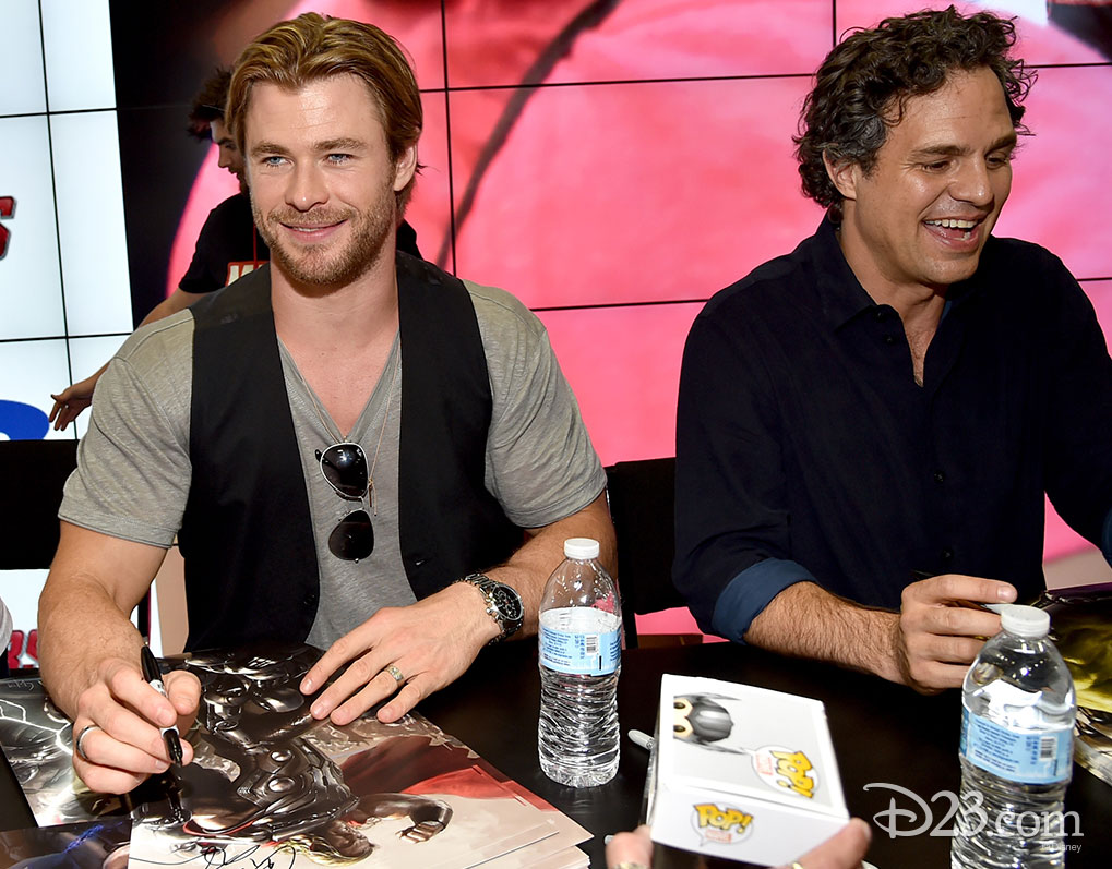 Chris Hemsworth and Mark Ruffalo at Comic Con