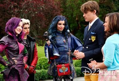 Cast of Disney's Descendants Meet Mal, Evie, Carlos, and Jay