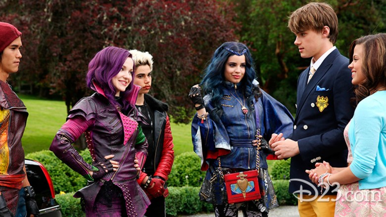 Cast of Disney's Descendants Meet Mal, Evie, Carlos, and Jay