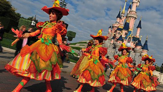 Mickey's Halloween Celebration Dancers
