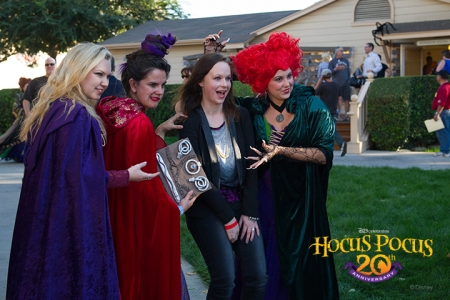 D23 Members, dressed as the Sanderson sisters, meet up with actress Thora Birch (Dani) on the Disney Studio Lot.