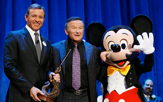 Photo of Robin Williams and Mickey Mouse
