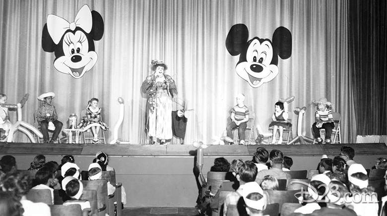 080615_disneyland-attractions-august-1955-feat-5