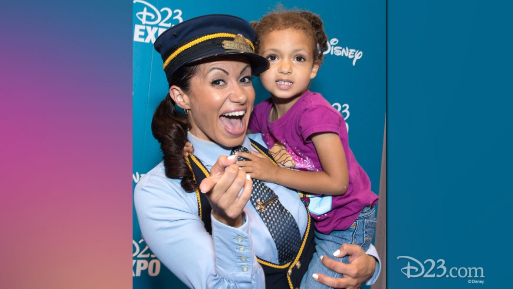 GENEVIEVE GOINGS with a Little Fan at D23 EXPO 2015