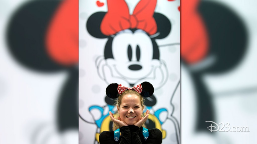 Fan dressed as Minnie Mouse