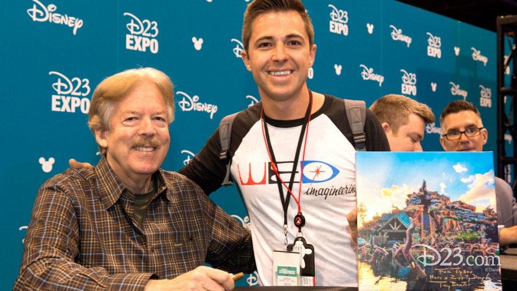 Tony Baxter signing autographs at D23 EXPO 2015