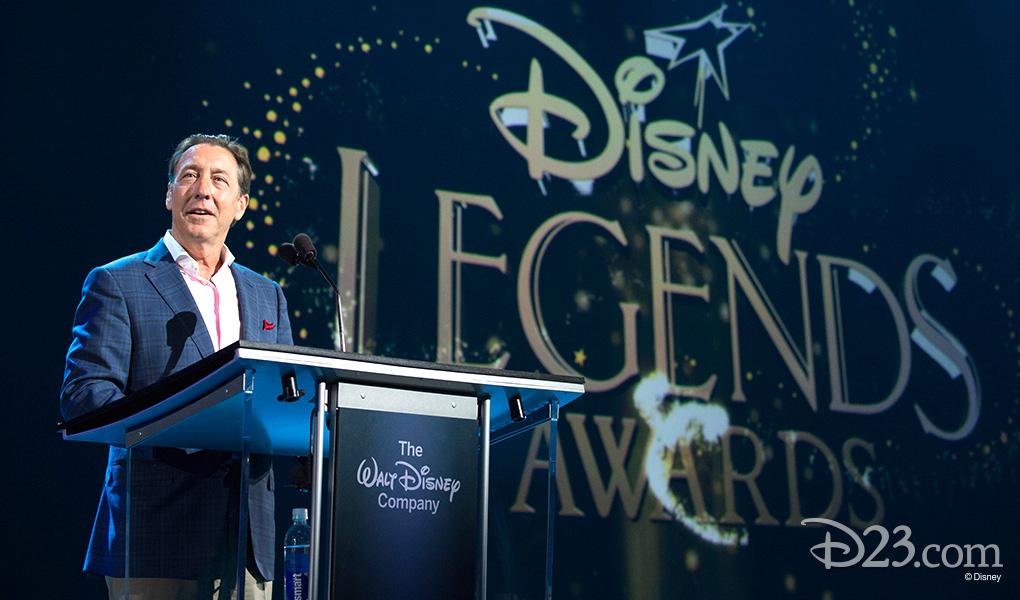 photo of George Bodenheimer at podium receiving Disney Legends Award