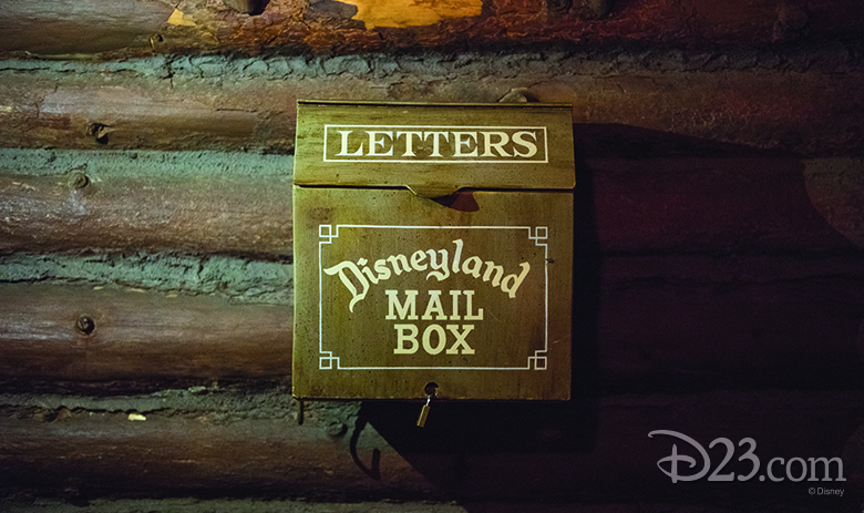 critter country mailbox