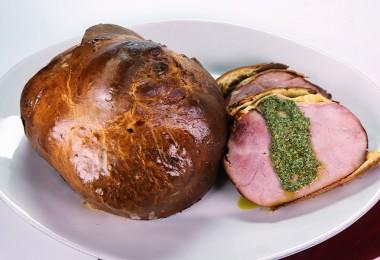 Brioche encrusted ham