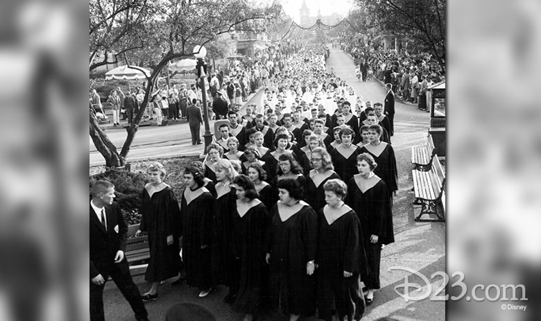 The first Candlelight Processional at Disneyland (1958)