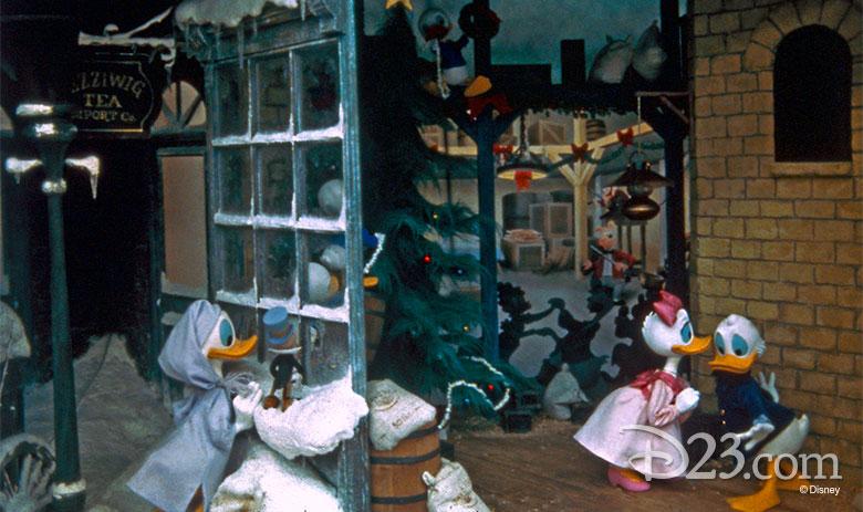 780w-463h_mickey-christmas-carol-main-street-3
