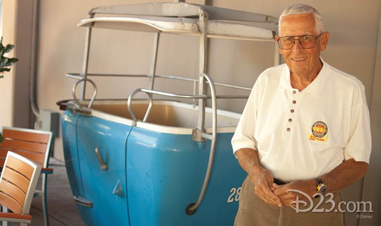 Bob Gurr with a Skyway bucket