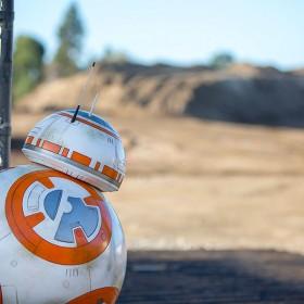 BB-8 peeks at Star Wars-themed land construction