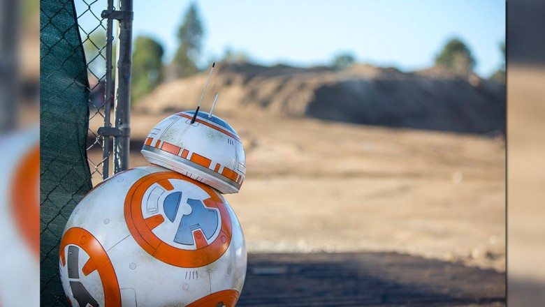BB-8 peeks at Star Wars-themed land construction