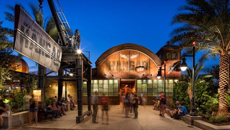 Jock Lindsey's Hangar Bar - Disney Springs