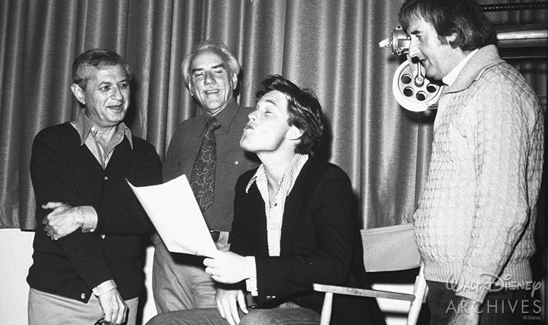 Kurt Russell performing dog howls.