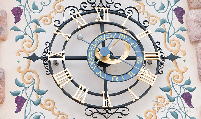 Shanghai Disneyland Fantasyland clock