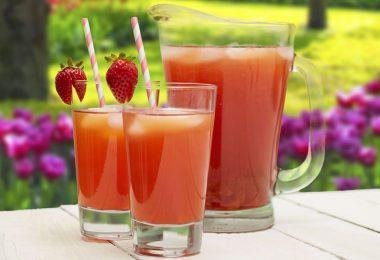 Mrs. Potts Strawberry Lemonade Tea