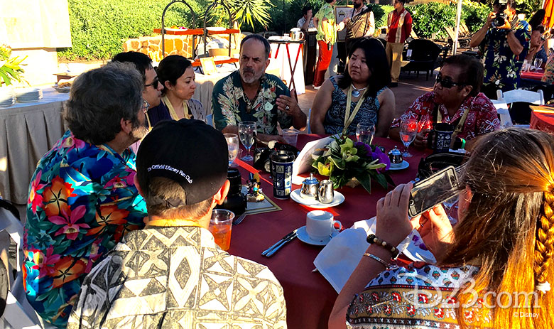 D23 Members meet Joe Rohde at the Aloha Aulani event