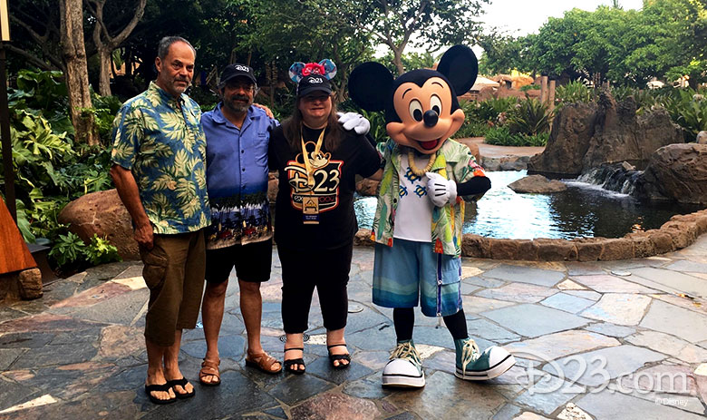 Joe Rohde and D23 Members pose with Mickey Mouse