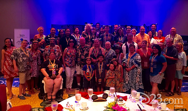 D23 Members group shot - Aloha Aulani