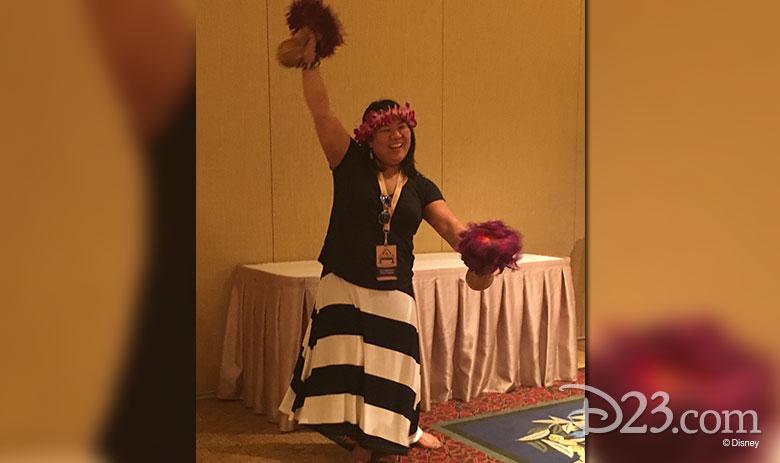 D23 Member hula dancing