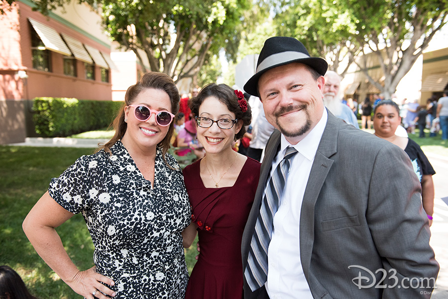 D23 Members and their guests wear their 1940s finest