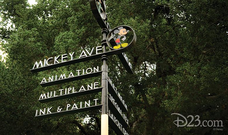 Pluto's Corner street sign