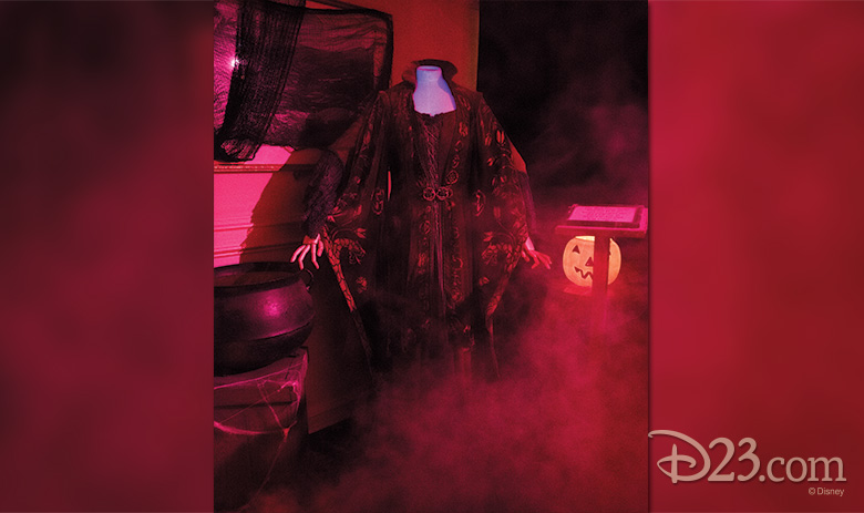 Winifred Sanderson costume worn by Bette Midler in Hocus Pocus (1993)