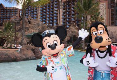 Mickey and Goofy at Aulani resort