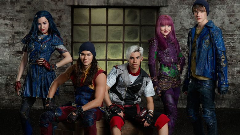 The Villain Kids are Dressed to Thrill in Descendants 2 - D23