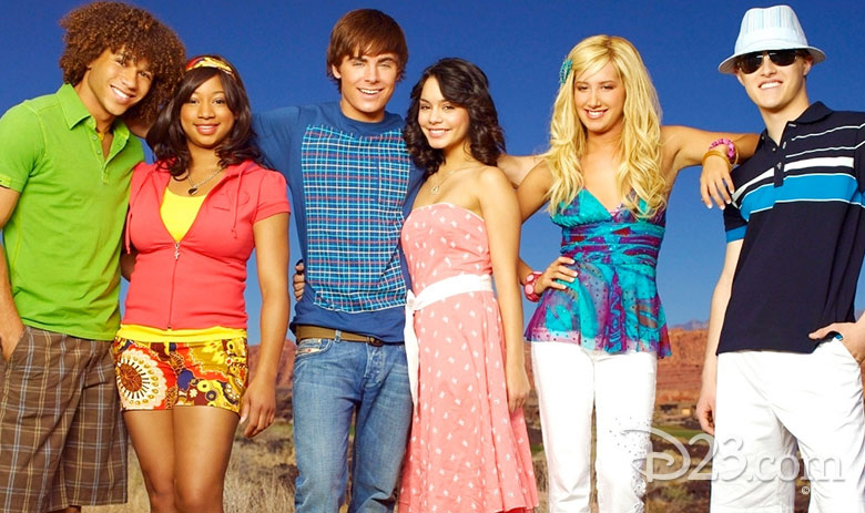 10 Reasons Why High School Musical 2 Still Puts the Music ...