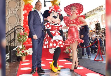 minnie mouse walk of fame