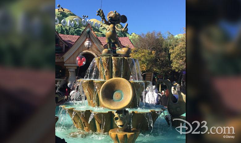 Mickey's Musical Fountain