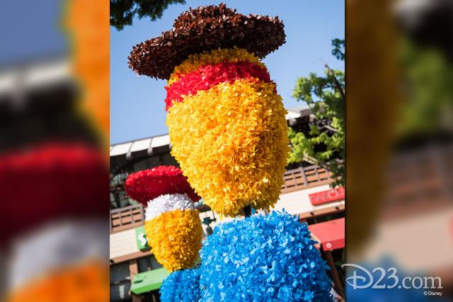 Pixar Fest Topiaries - Jessie and Woody