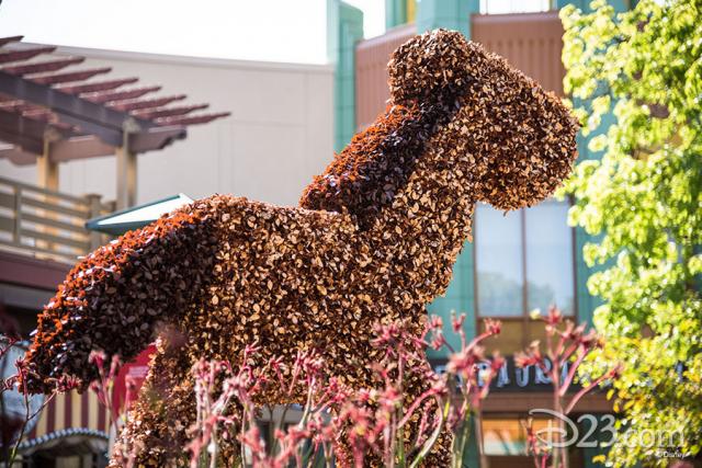 Pixar Fest Topiaries - Bulls-eye