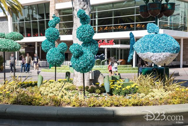Pixar Fest Topiaries - Bruce