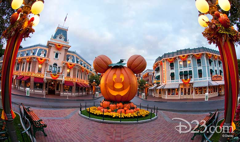 Halloween at Disney Parks 2018