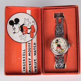 Retro Mickey Merch