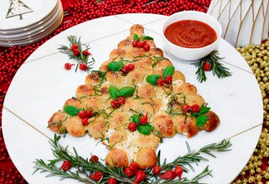 pull-apart Christmas tree recipe