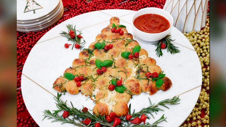 pull-apart Christmas tree recipe