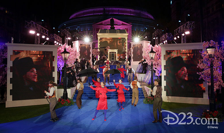 Mary Poppins Returns premieres