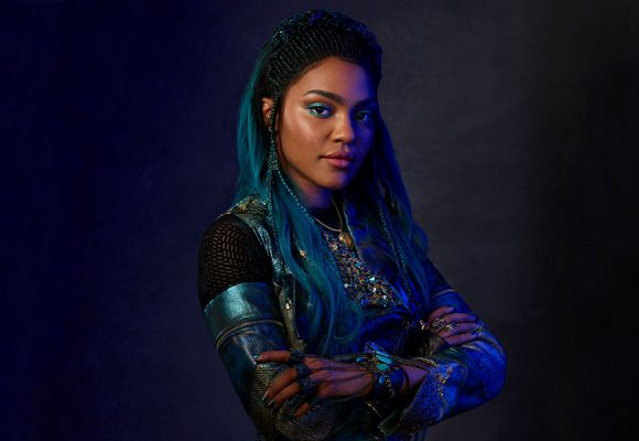 """Uma Vows """"Mal Will Fall"""" in This Chilling Descendants 3 Teaser"""