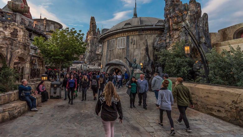 Star Wars: Galaxy's Edge Invites Guests to Be Heroes of