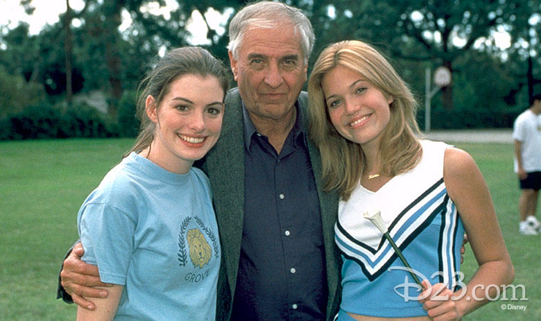 Anne Hathaway, Garry Marshall, Mandy Moore